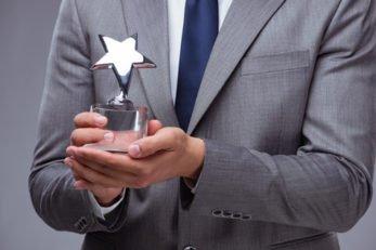 spa_ypiresies_eidikes_etairikes_epivravefseis_silver_award_476x317
